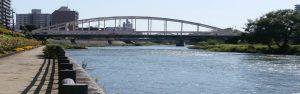 開運橋北側