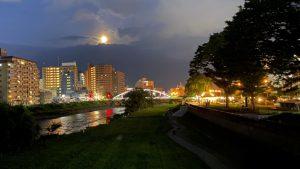 開運橋と木伏緑地の夜景202007