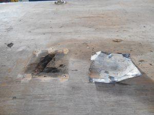 クレーン車荷台損傷箇所施工前