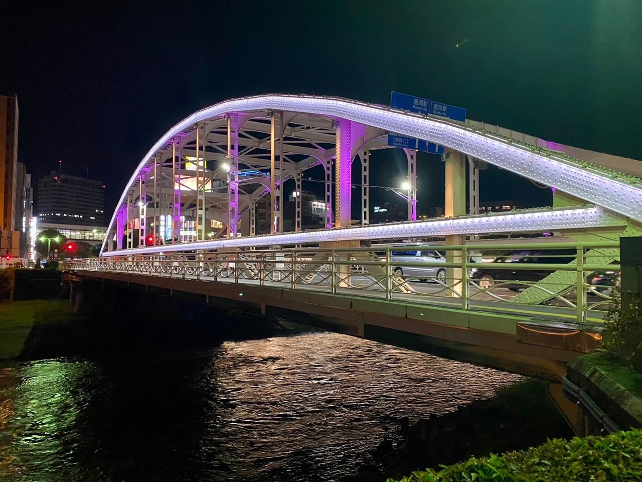 開運橋ライトアップ20210711